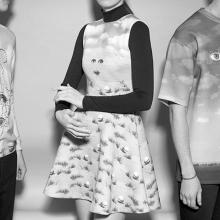 Одежда с принтами полотен Рене Магритта
