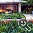 Vestra Wealth's Garden of Mindful Living. Дизайнер: Пол Мартин. Выставка цветов и ландшафтного дизайна в Челси.