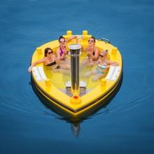 Лодка-джакузи: и помыться, и прокатиться!